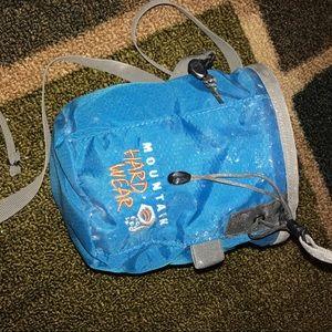 Mountain HardWear Hard wear chalk bag